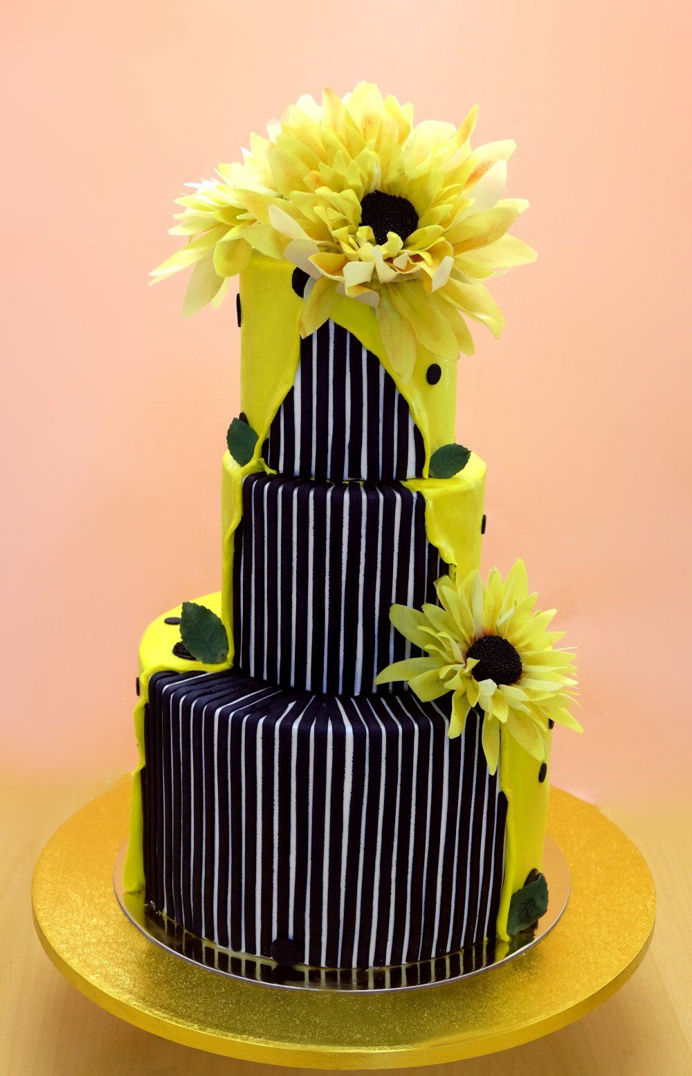 Wow 😲😲 | Cakes and Deserts | Pinterest | Cake, Wedding cake and ...