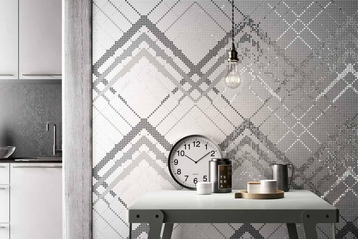 mosaicopiu-mosaico-decor-10x10-overlap-white-silver-ambiente ...