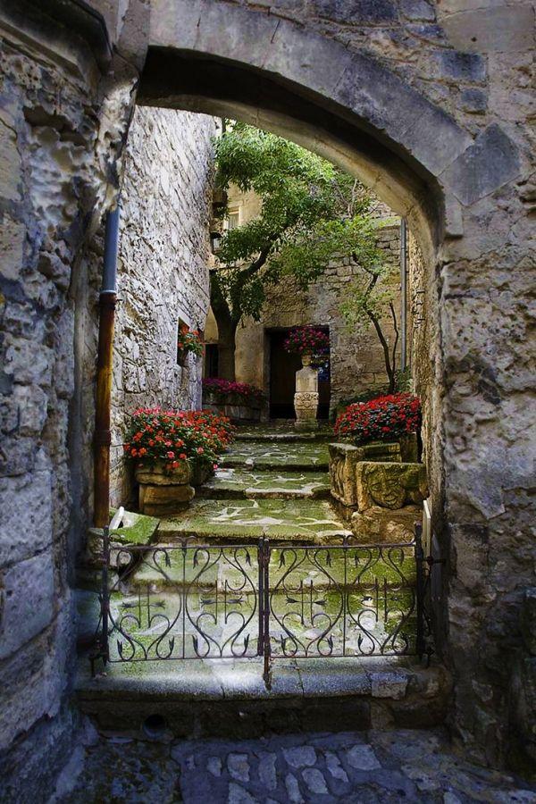 Chateau Entrance Les Baux De Provence France Medieval Castle Beautiful Places Provence