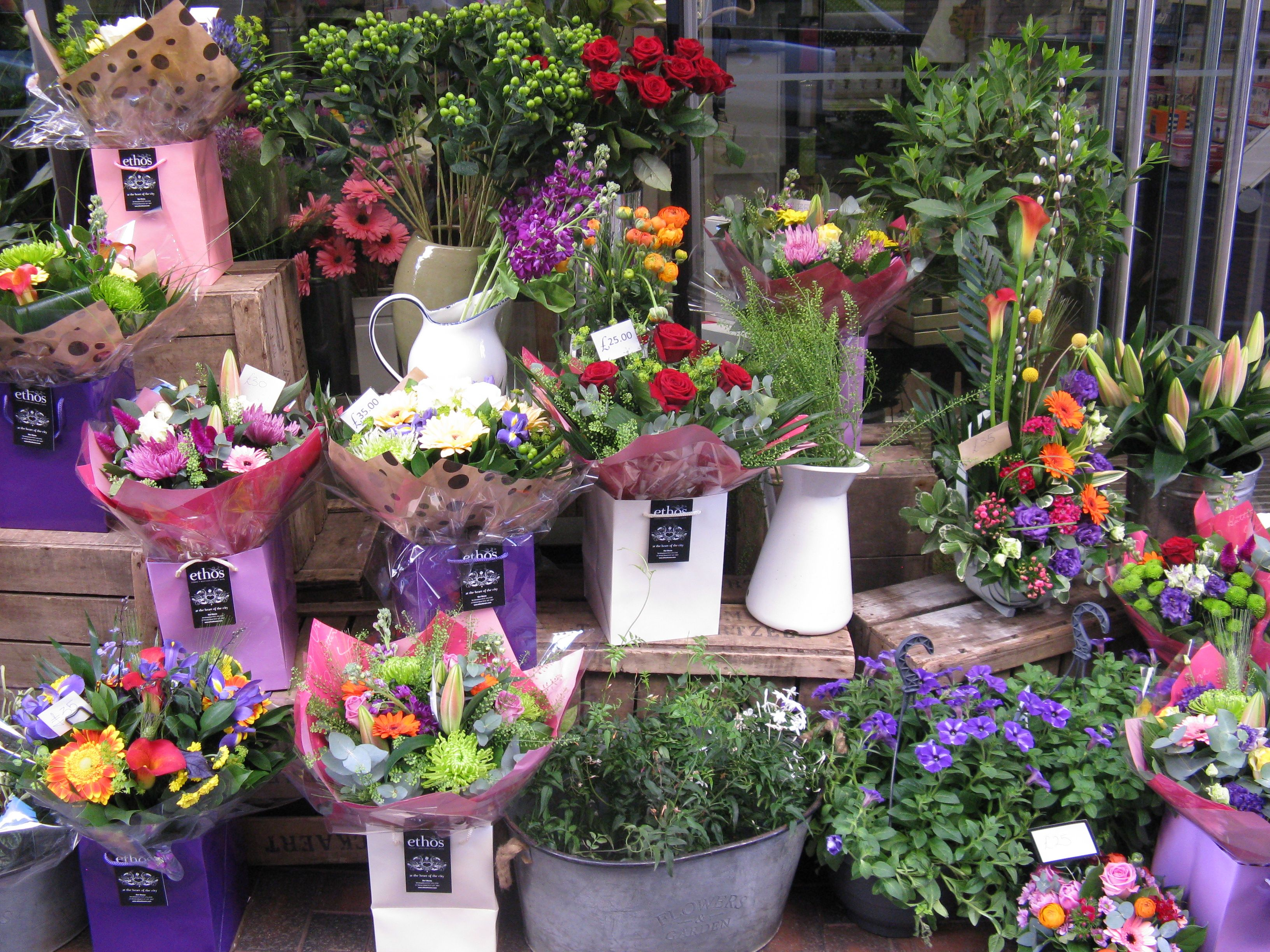 Made By Me A Shop Display Of Beautiful Summer Flowers Victorias