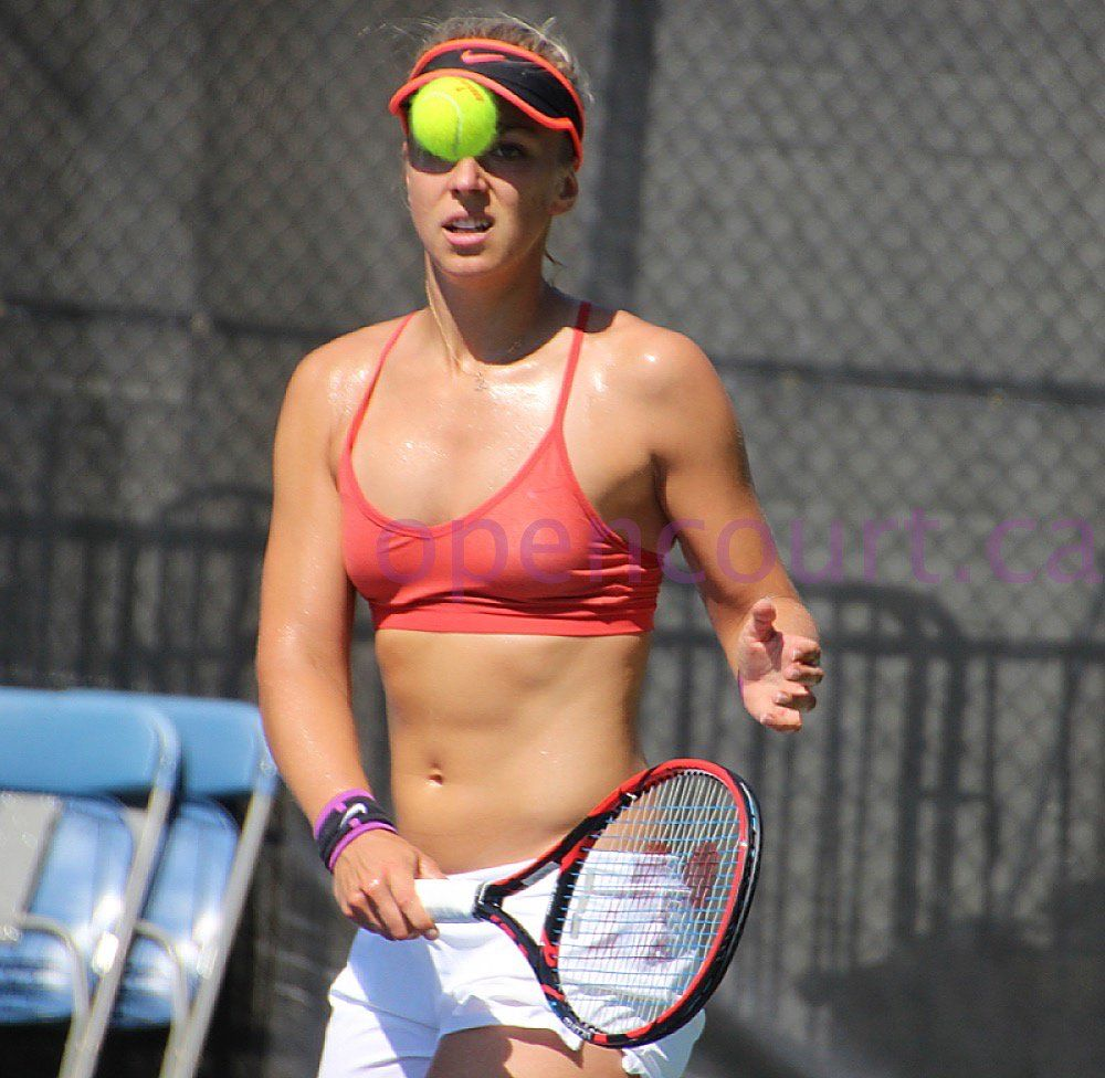 Tennis players sizzle in swimsuits