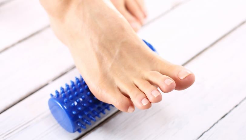 how to fix flat feet at home