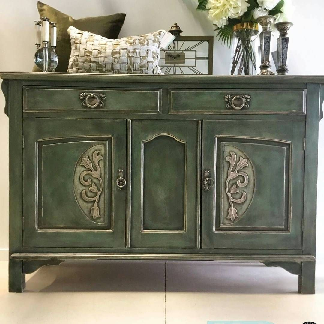 Commissioned Buffet With Inspiration Drawn From Textiles