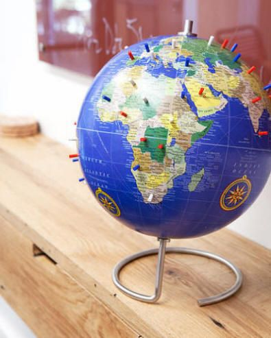 Magnetic desktop world globe with blue oceans circular metal base magnetic desktop world globe with blue oceans circular metal base gumiabroncs Image collections