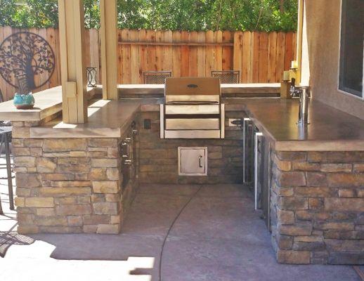 Custom Outdoor Kitchen With Seating Bar Custom Kegerator Outdoor Kitchen Design Outdoor Kitchen Design Layout Outdoor Kitchen Bars