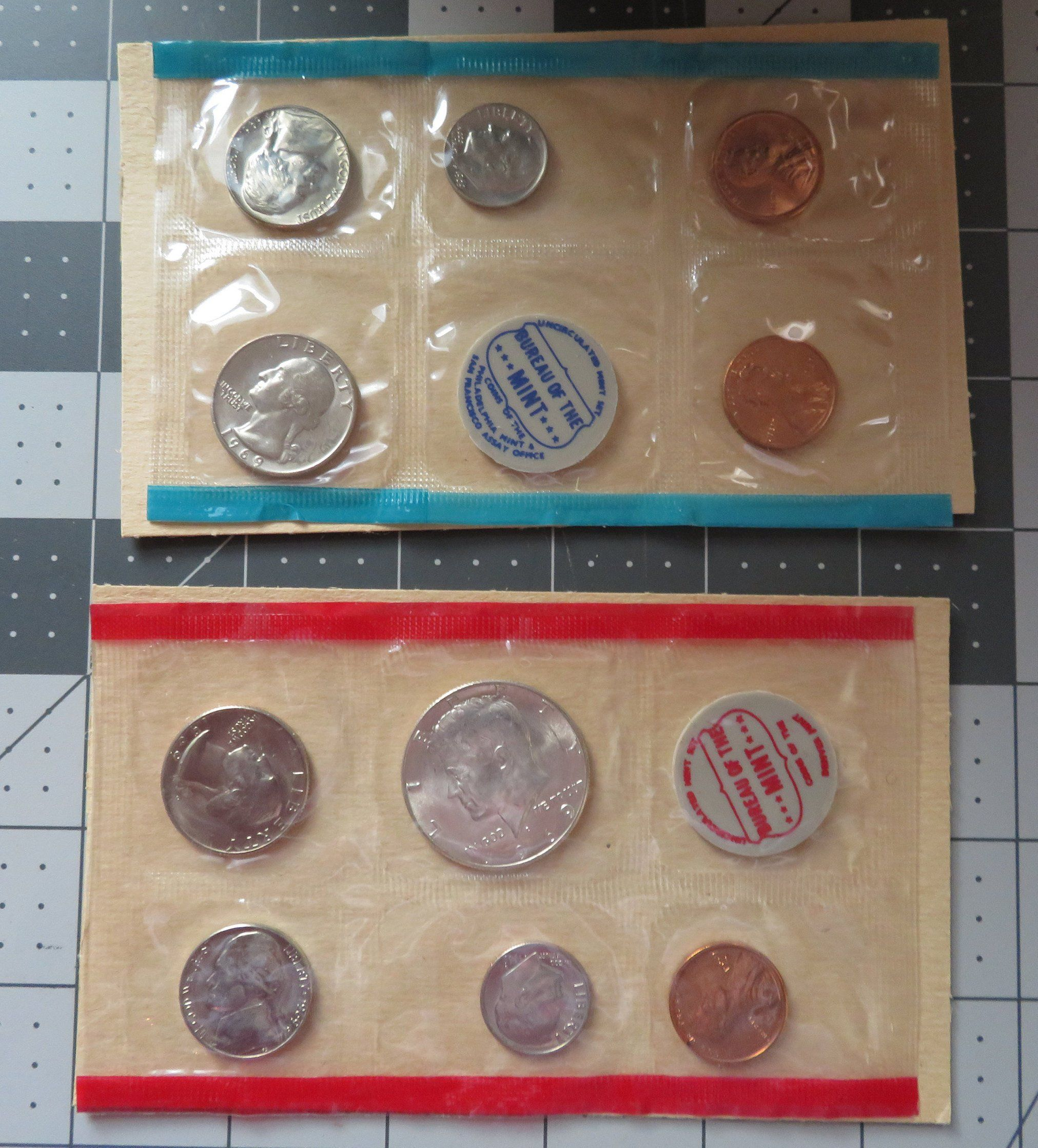 1969 P and D United States Mint Set Uncirculated