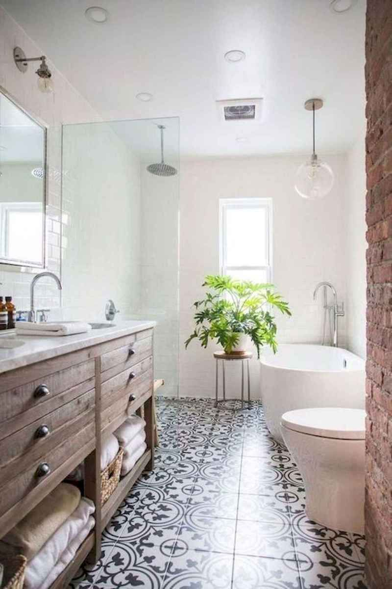 60 Elegant Small Master Bathroom Remodel Ideas 20 Bathroom Design Small Bathroom Remodel Master Small Master Bathroom