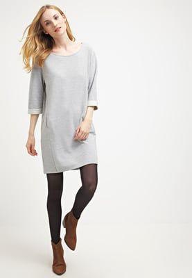 Kleding Nümph CAMELAI - Korte jurk - grey melange Lichtgrijs: 44,95 € Bij…