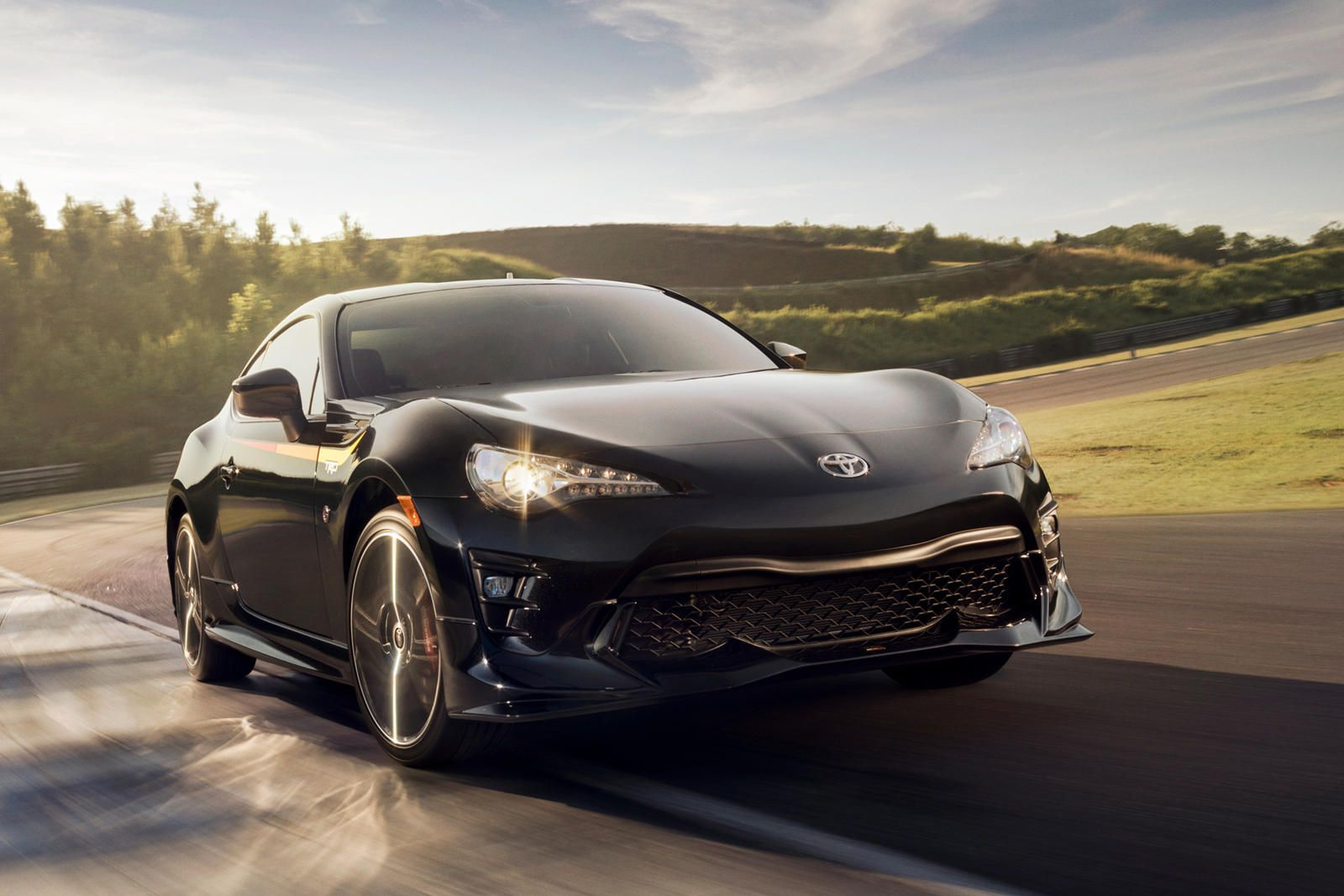 2020 Toyota 86 Test Drive Review Just An Engine Away From Perfection In 2020 Toyota 86 Toyota 2000gt Sports Cars