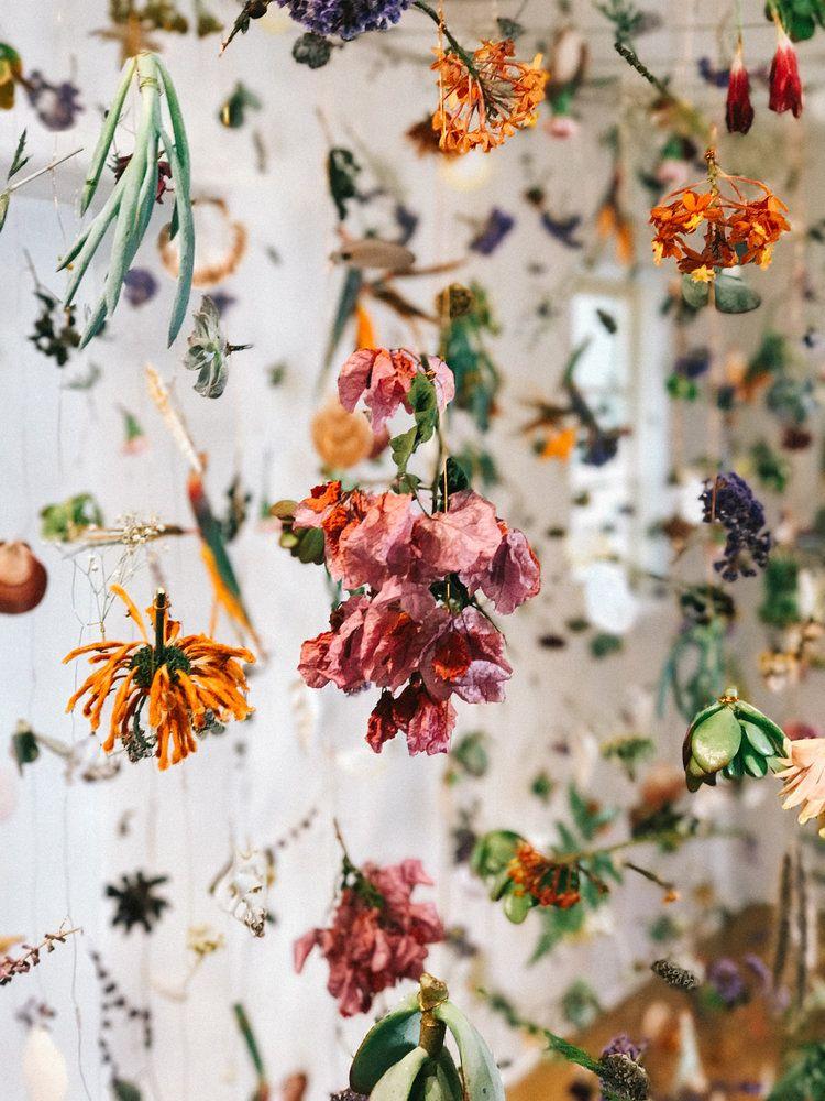 Sie müssen diese Blumeninstallation sehen, bevor sie vorbei ist – ein fabelhaftes Fest