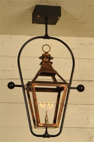 The chesapeake lantern gas or electric the carolina collection lanterns carolina lanterns