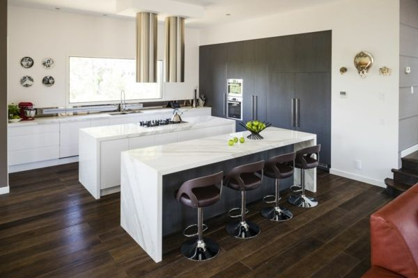 Kücheninsel Weiß ~ Rechteckige kücheninsel mit hocker in weiß kitchen
