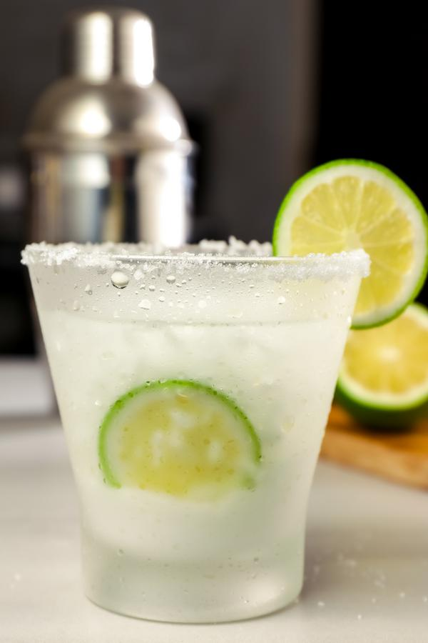 Keto Margarita - BEST Low Carb Margarita Recipe - EASY Ketogenic Diet Alcohol Drink Mix You Will Love