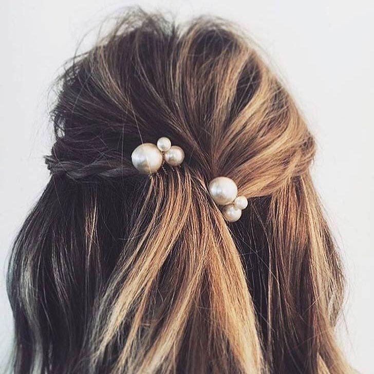 Such sweet bridal hair inspiration from Pinterest love the pearl accent.     #merleandmorris #bridalshoes #madeinUK #bridalstyle #shoeaddiction #luxuryshoes #bridalmusings #bohobride #weddinggoals #shoegoals #iftheshoefits #luxurybride #alternativestyle #shoesday #bridalmusings #londonbride#shoesofinstagram #instawomen #brideinspiration #londonwedding #loveauthentic #shoeaddict #rocknroll #rocknrollbride #vintagewedding