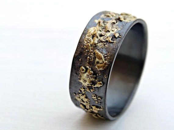 Mens Wedding Band Gold Silver Meteorite Ring Gold Etsy Mens Gold Wedding Band Mens Wedding Bands Mens Gold Rings