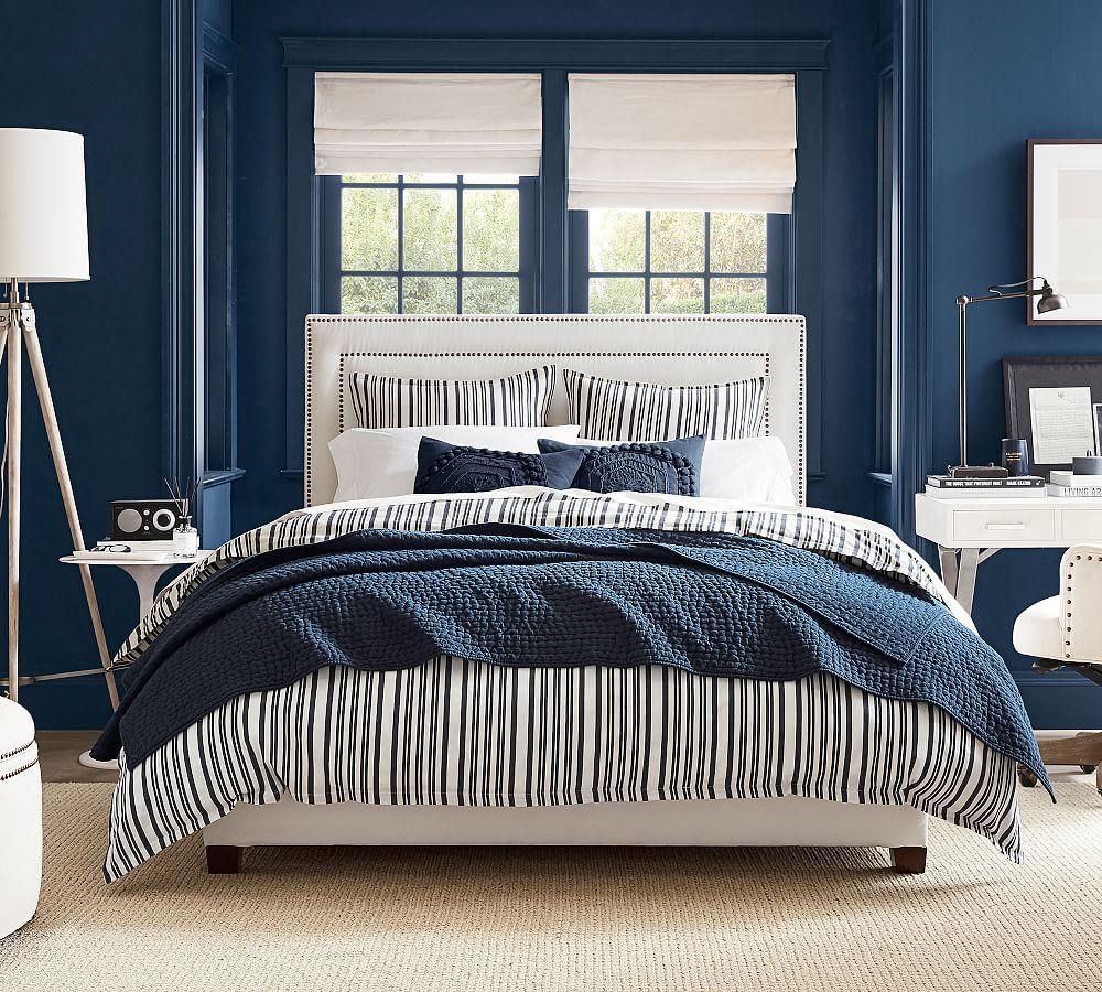 Best Tamsen Upholstered Square Footboard Storage Bed 640 x 480