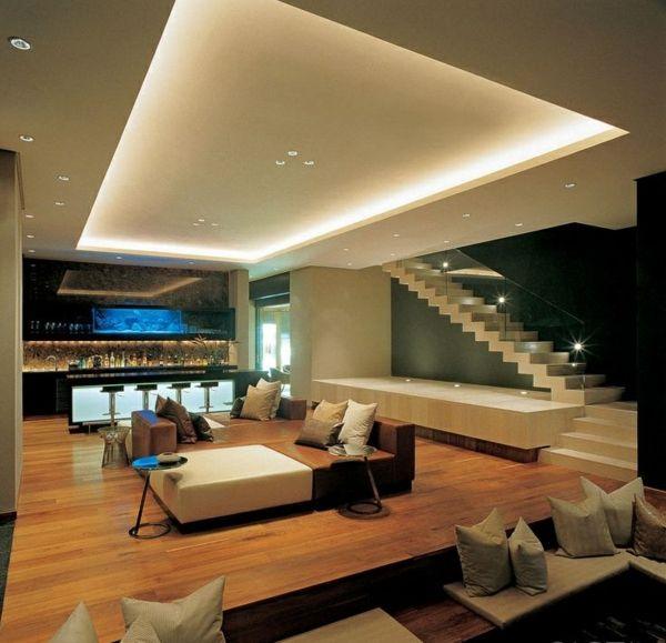 Moderne Treppen Wohnzimmer Glas Geländer Sofa Dekokissen Bar