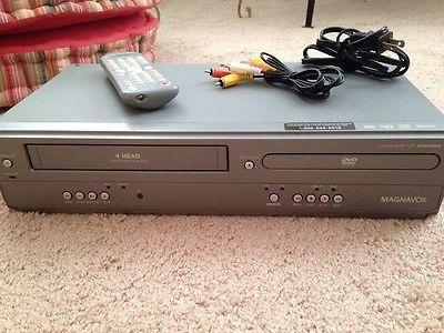 Magnavox DVD VCR Combo DVD Player VHS VCR Combo DV200MW8 w