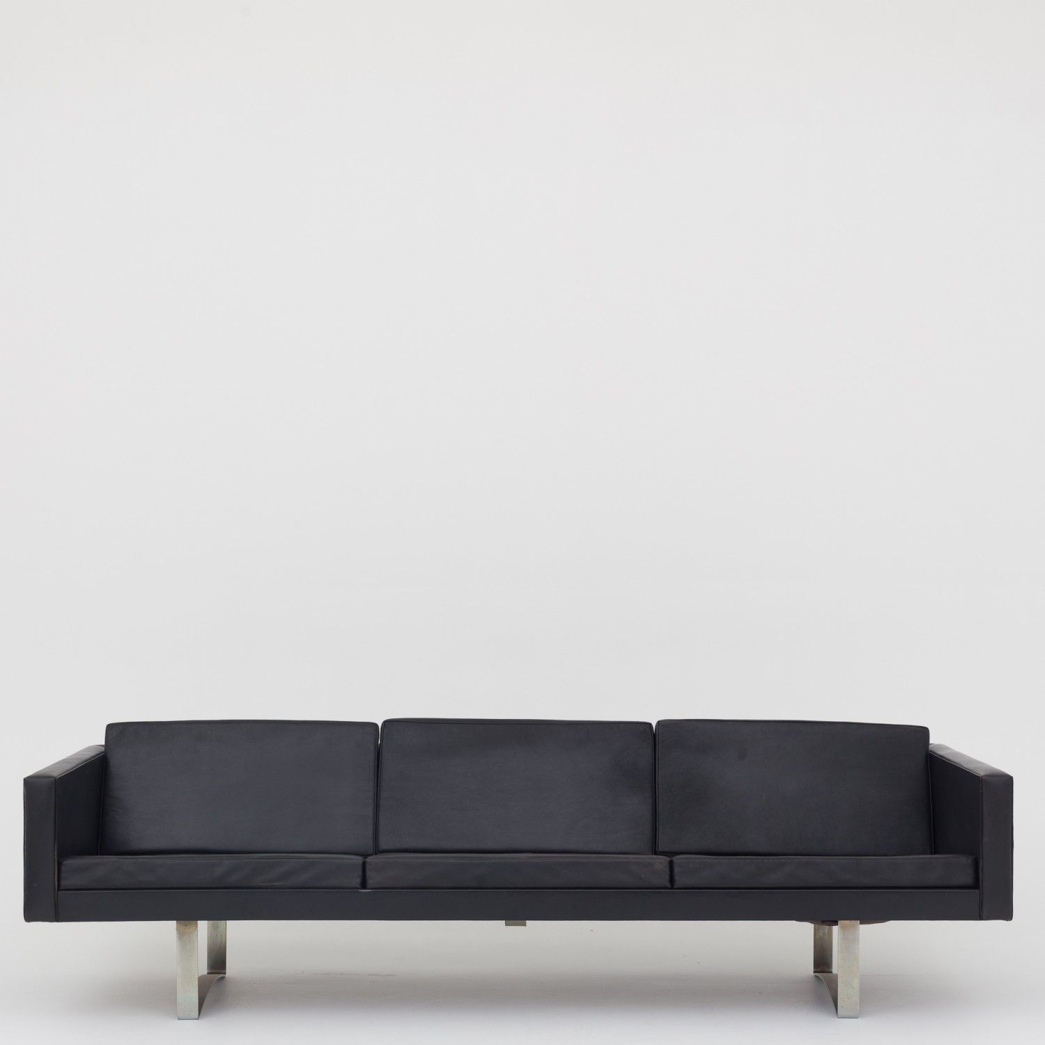 Model 401 3 Seater Sofa In Black Leather Sofas Pinterest
