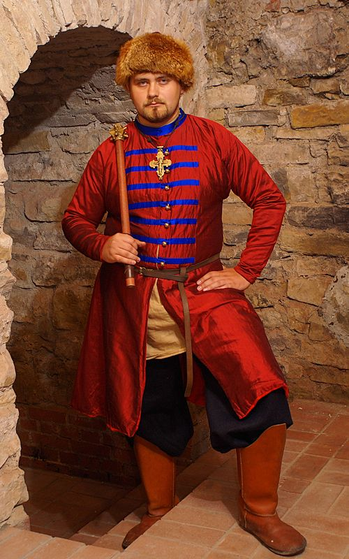Kaftan ruski 13th century. Gorgeous contrast between the red and blue.