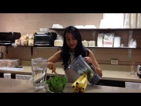 ▶ Grow Guam Kale Smoothie - Simply Food Recipe - YouTube #kale #simplyfood #smoothie