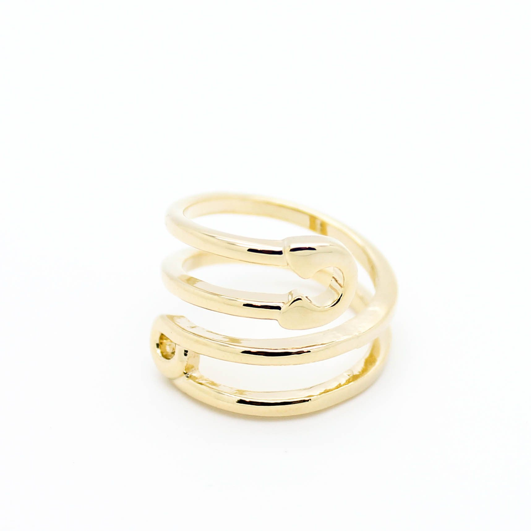 Safety pin coil ring