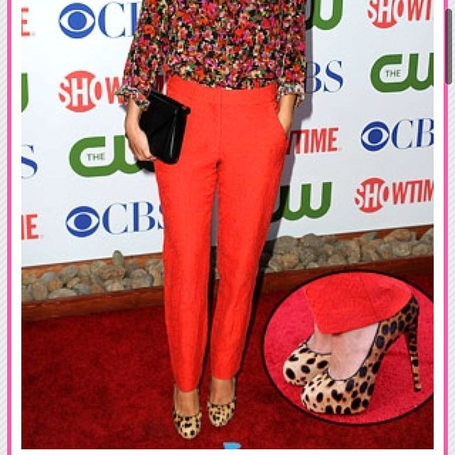 I'm loving this floral, leopard , red pant combo!