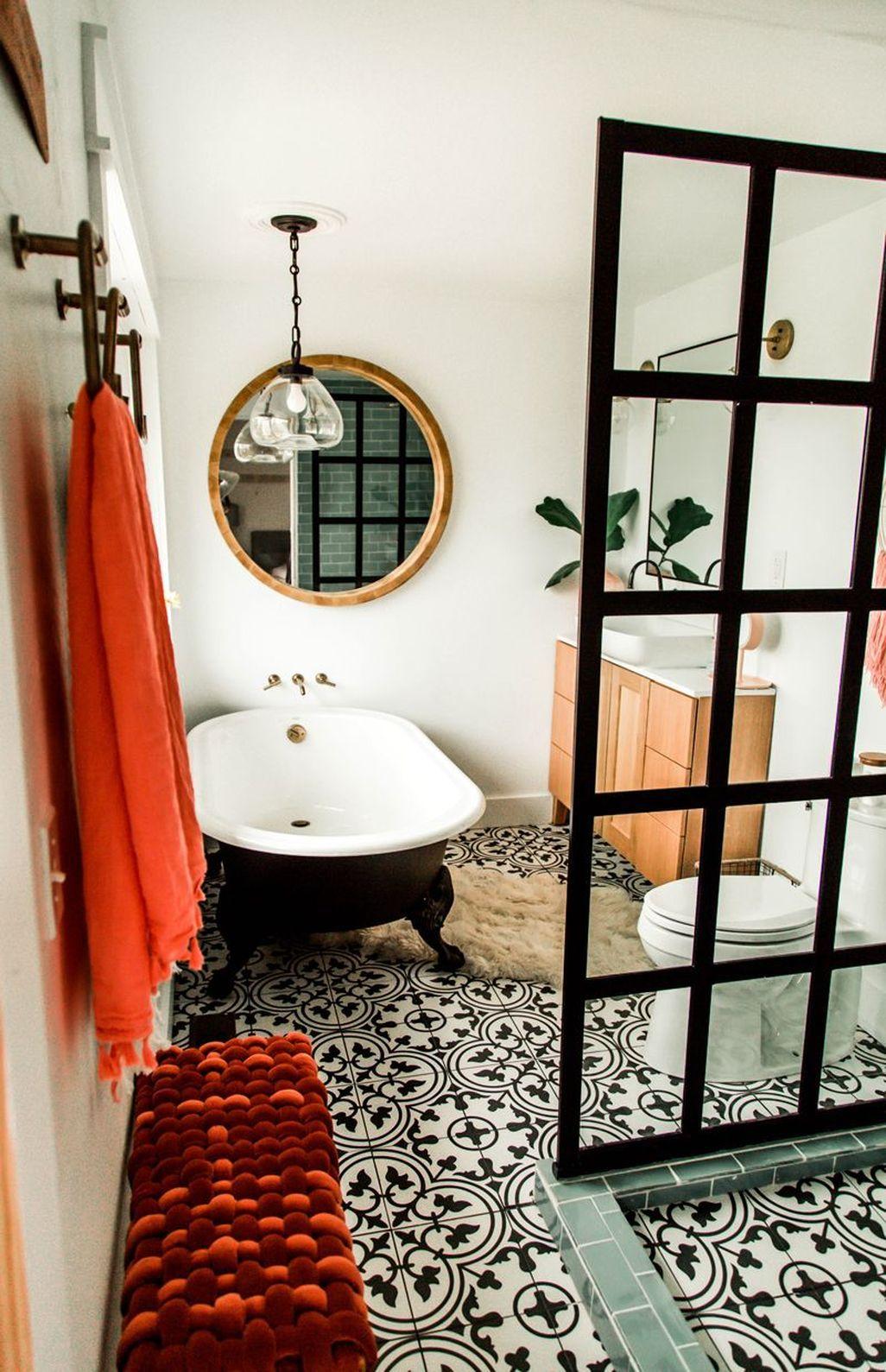 45 Amazing Modern Small Bathroom Design Ideas In 2020 Small Bathroom Decor Small Bathroom Renovation Bathroom Design Small