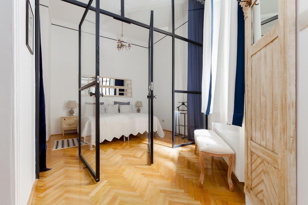 Se lige det her fede opslag på Airbnb: Stylish apartment under the castle…
