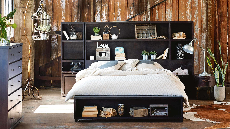 Library Queen Bed