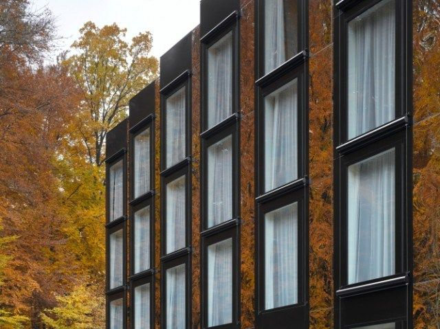 EM2N > Hotel City Garden. Zug, Switzerland | HIC Arquitectura