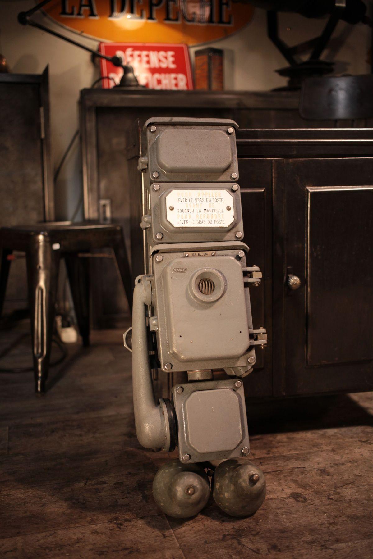 telephone ancien sncf meuble industriel vintage de renaud jaylac en 2019 d coration. Black Bedroom Furniture Sets. Home Design Ideas