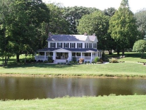 Perfection A Beautiful Farm House With Lots Of Tree S Lots Of