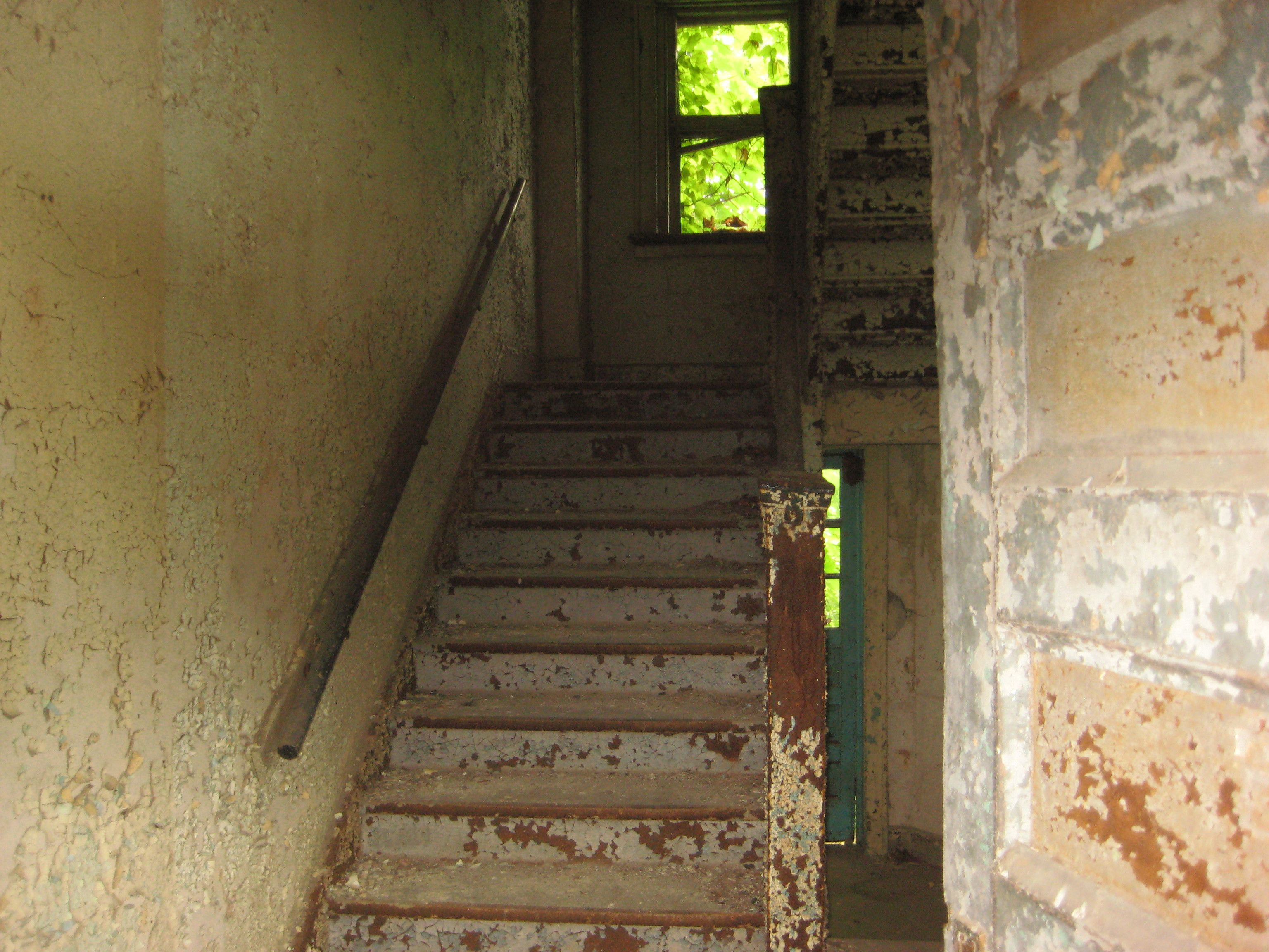 Stairwell to 2nd floor Abandoned ohio, Kids house, Fairmont