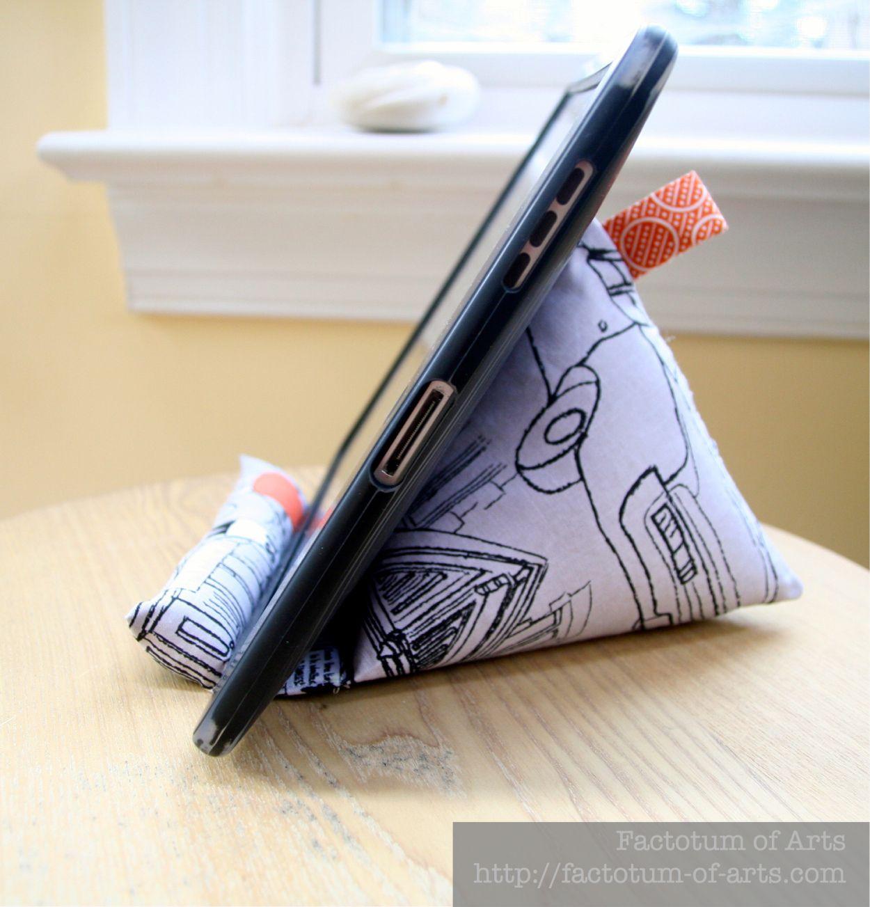 how to make a homemade phone stand