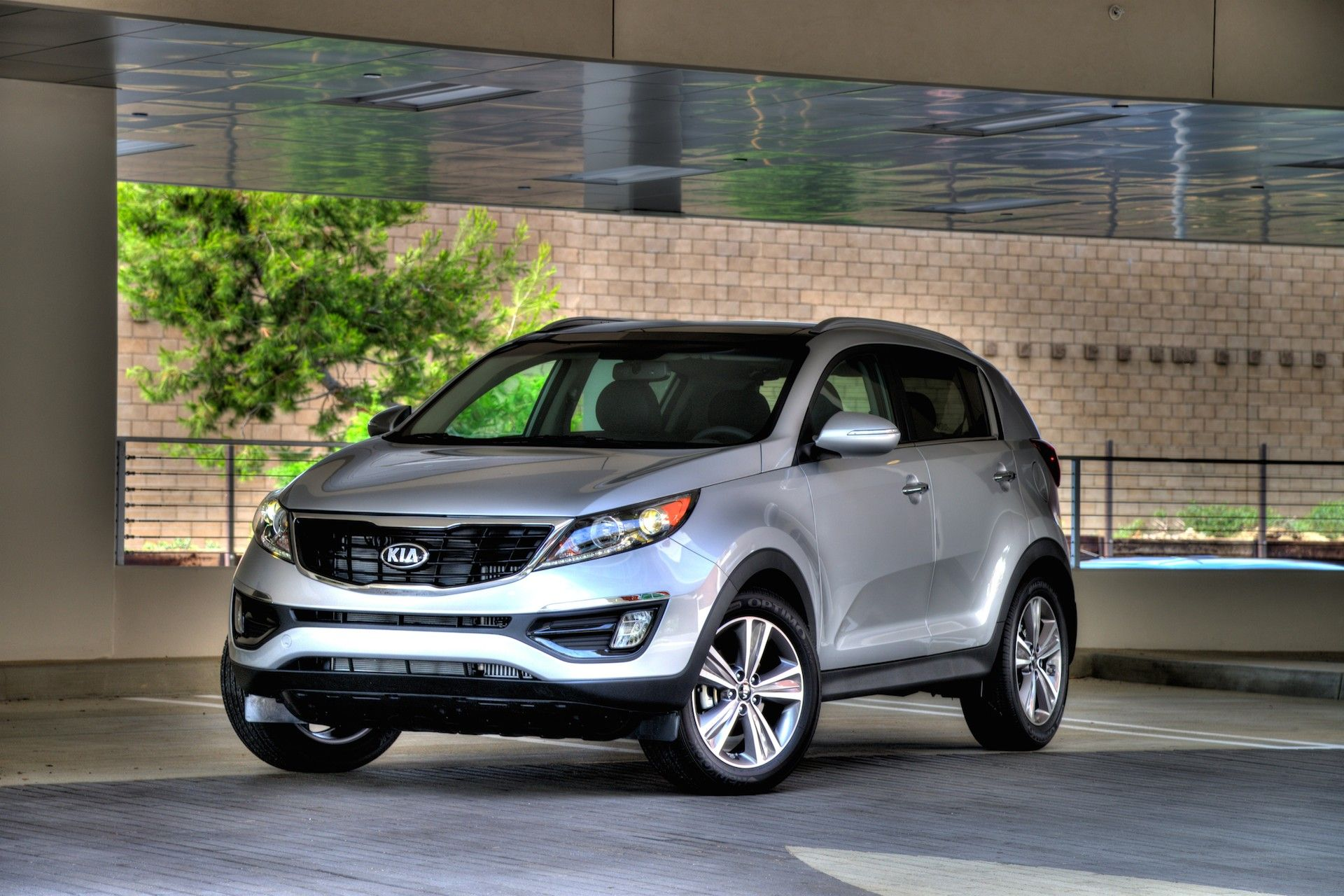 Pin by Pixy Cars on Pixy Cars Kia sportage, Reliable