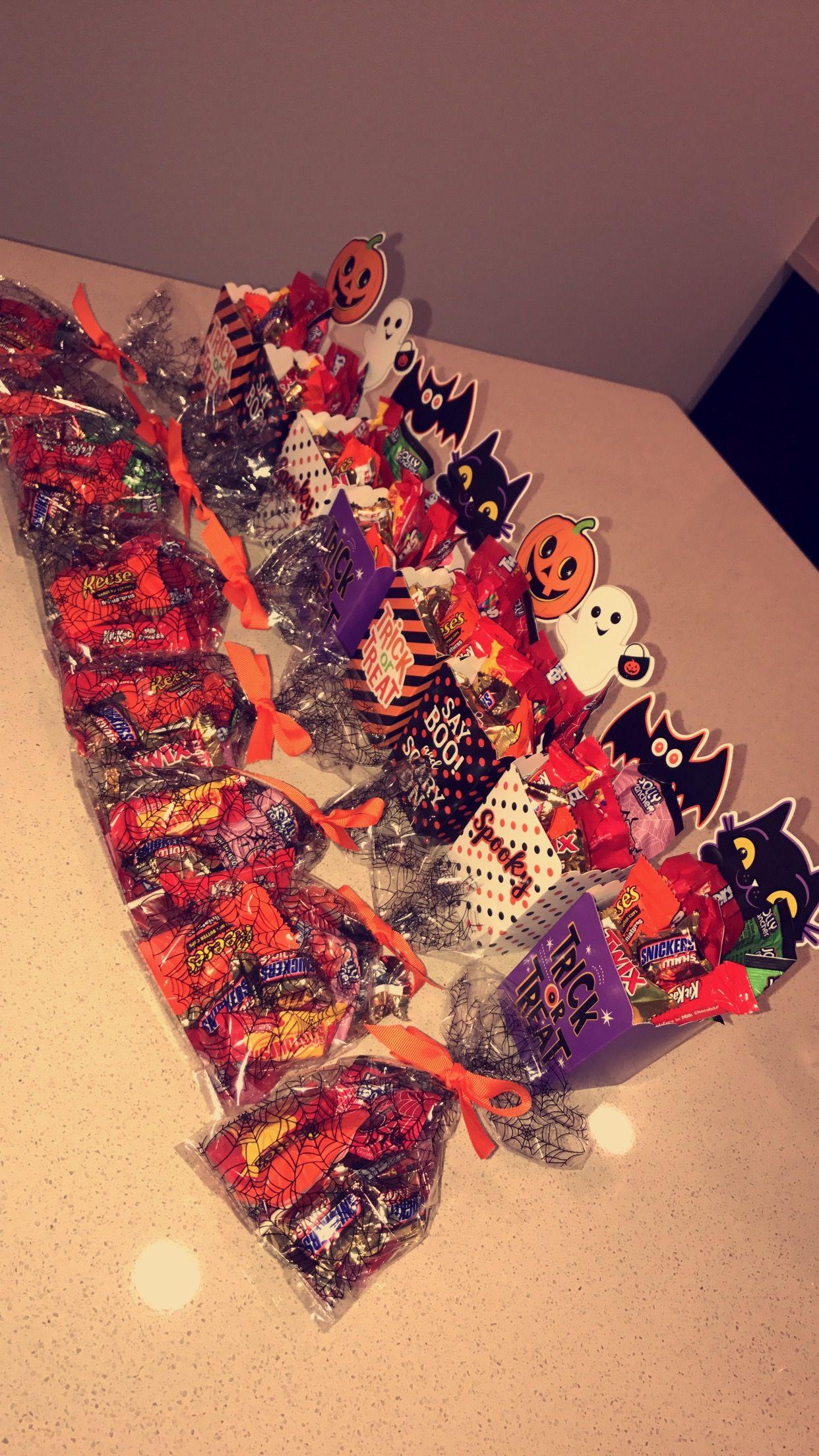 Halloween Candy Bags Halloween candy bags, Halloween