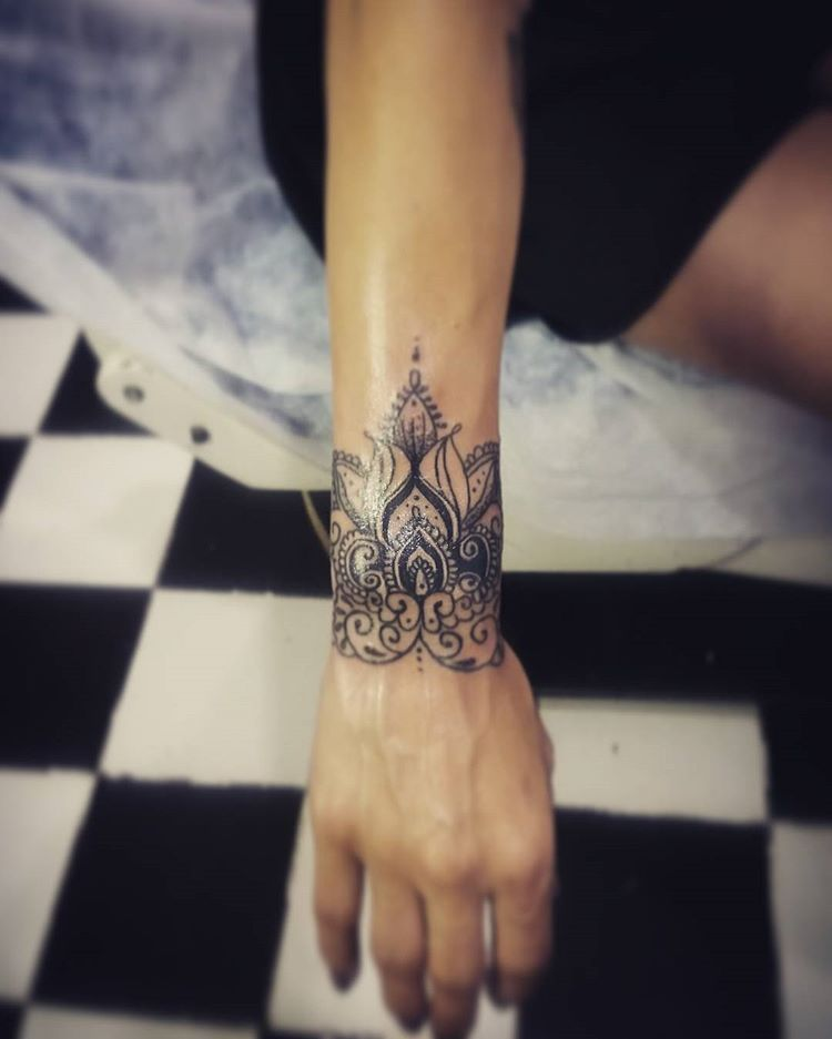 Eternaltattoo Eternaltaksim Eternal Tattoo Tattoos Tattooturkey Tattooist Tattooart Tattooar Wrist Tattoos For Women Mandala Wrist Tattoo Hand Tattoos