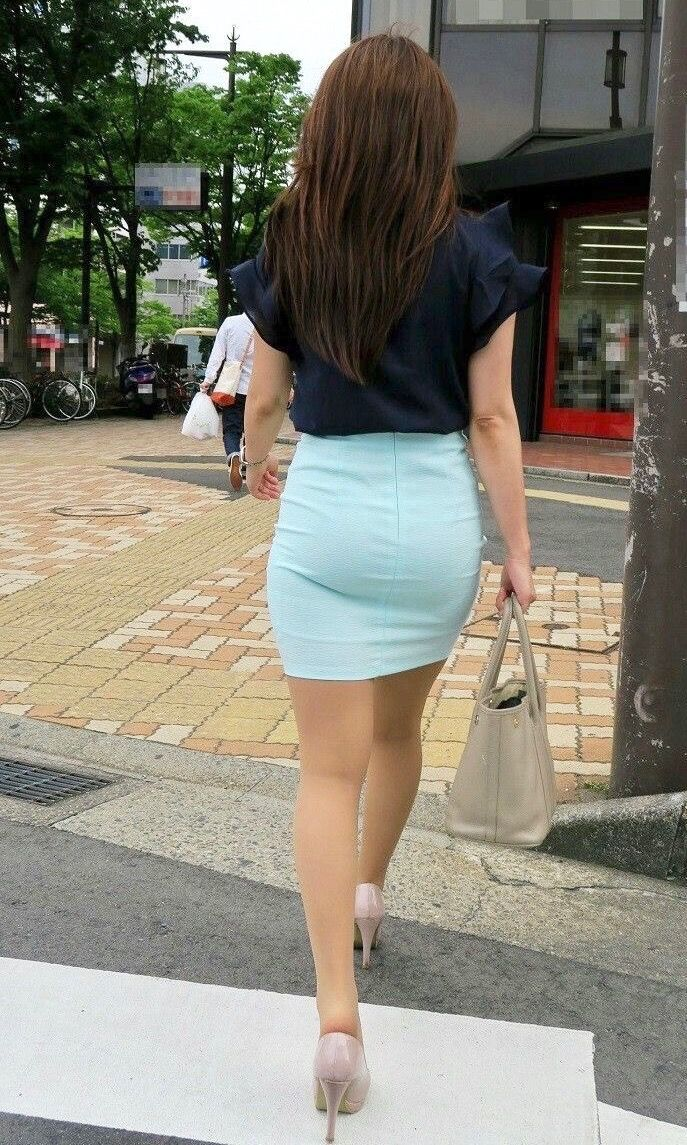 That interrupt Candid amateur women in short skirts and flats