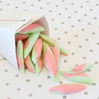 20 Christmas Candy Gifts Kids Can Make! | Letters from Santa BlogLetters from Santa Blog