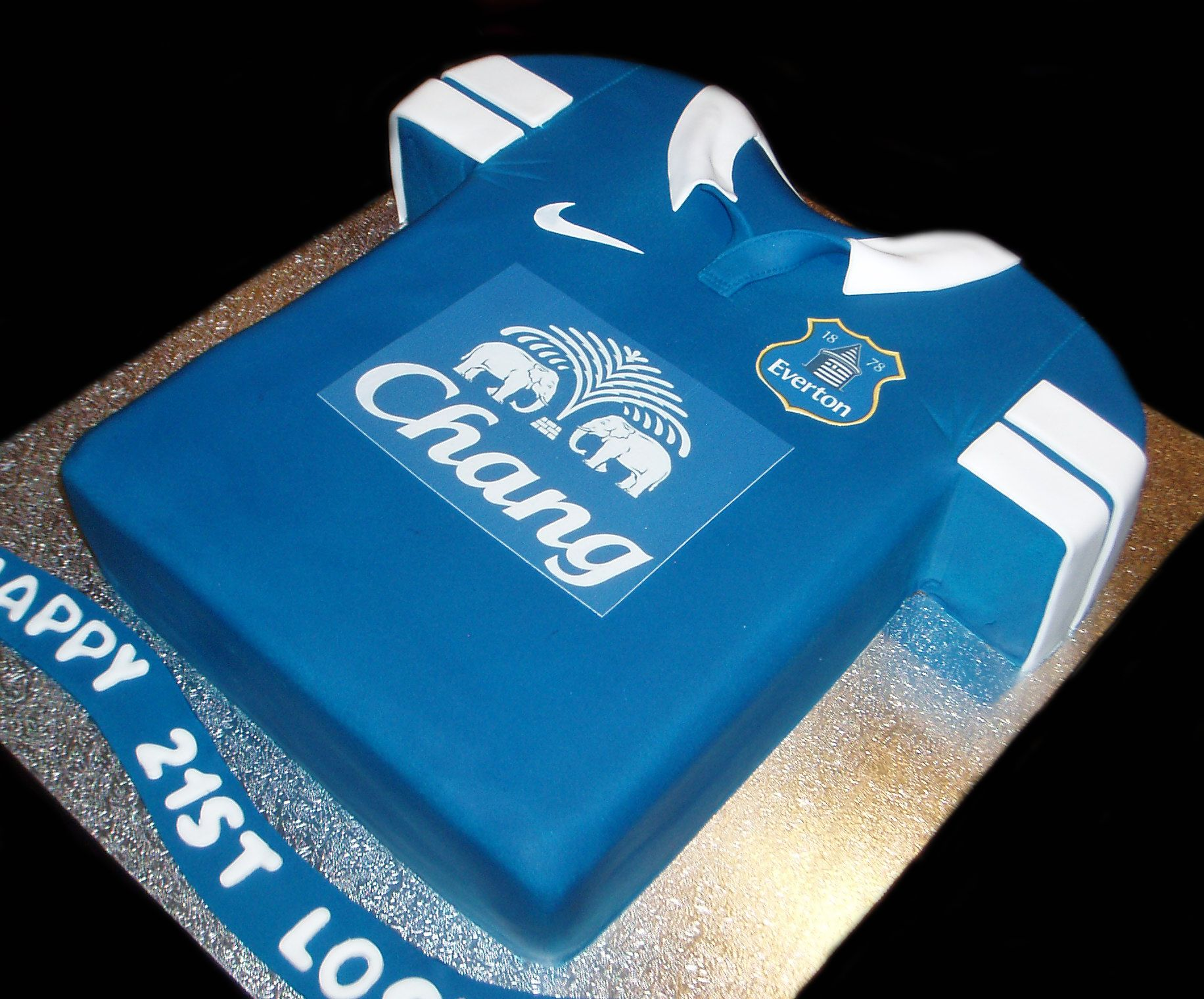 Everton Jersey Birthday Cake by Nadas Cakes Canberra Sports