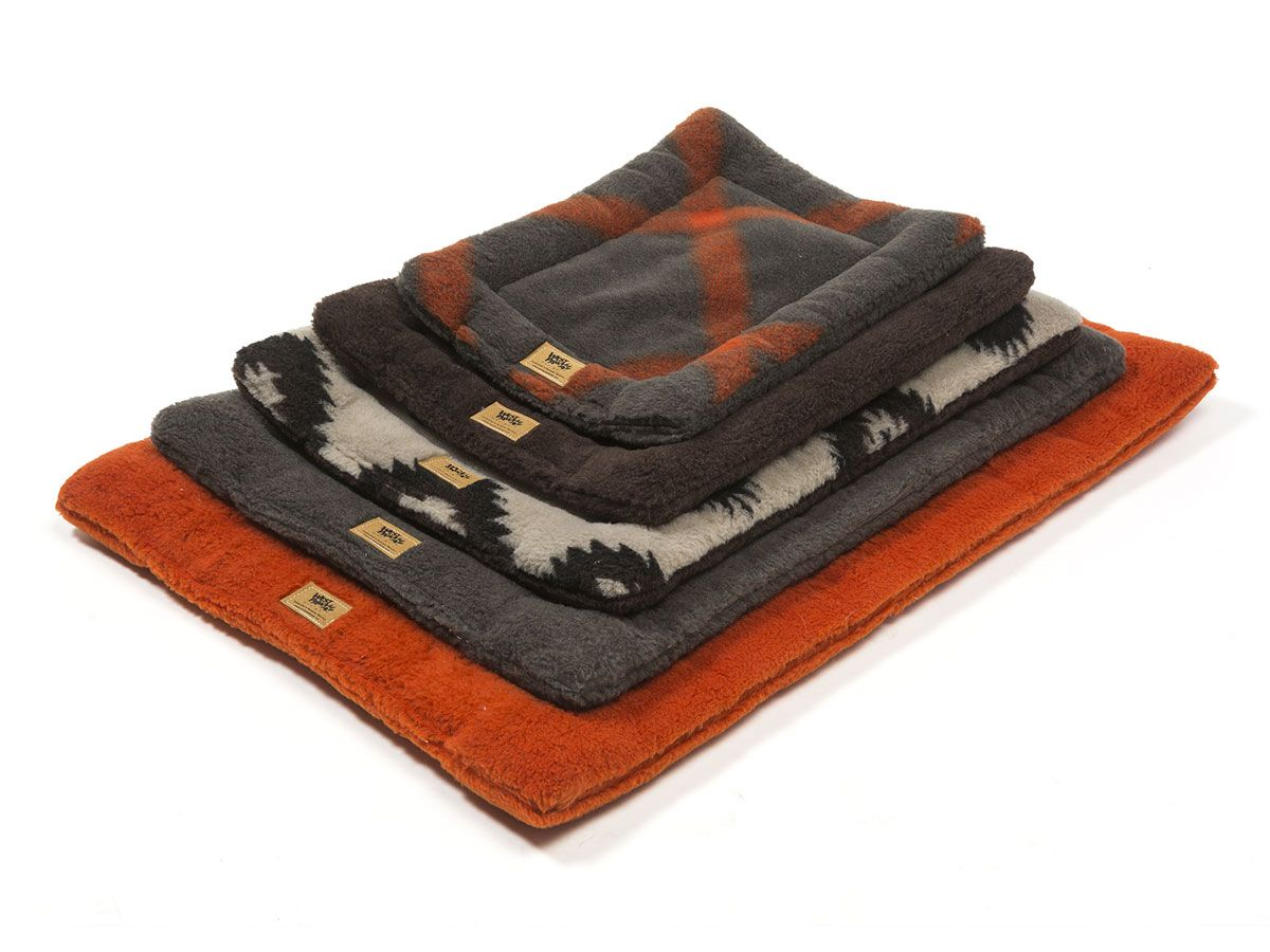 Buy West Paw Design Montana Nap Crate Mats And Beds Made In The Usa Dog Bed Mat Fancy Pet Beds Dog Bed