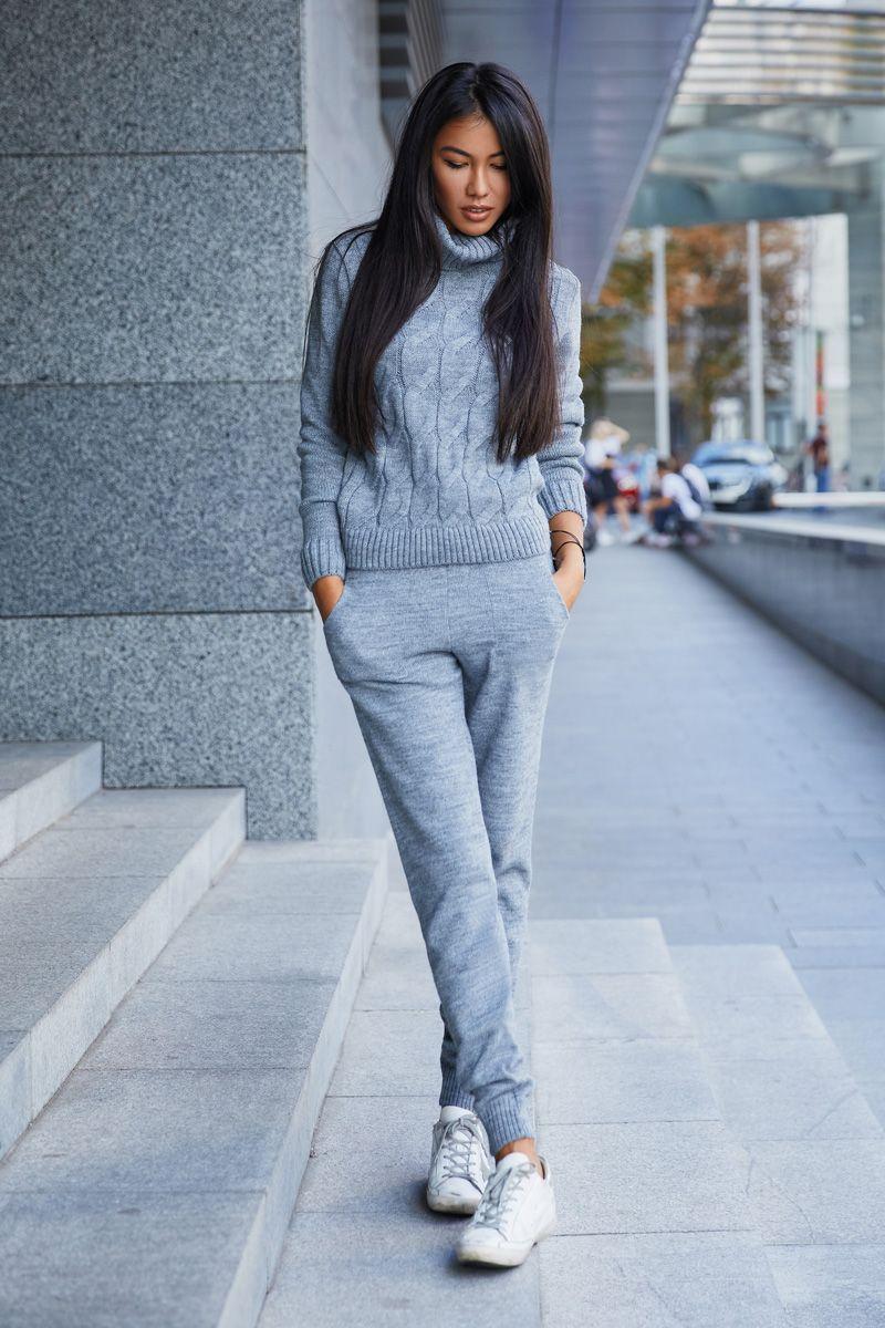d6c6c4503ec66 Серый трикотажный костюм (свитер с узором+брюки) от SL.IRA. Купить стильные  дизайнерские Спорт. костюмы недорого.