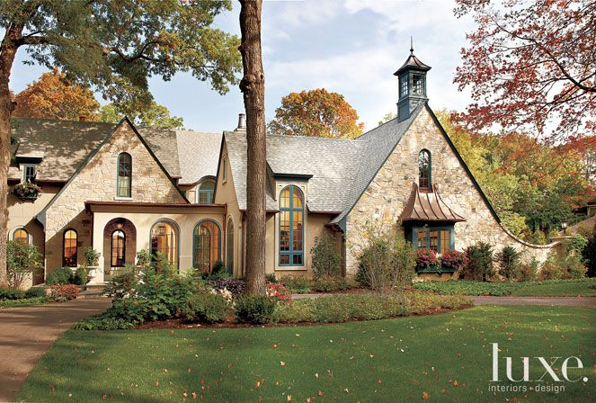 Luxe Source Blog Luxe Magazine The Luxury Home Redefined Cottage Exterior House Exterior Exterior Design