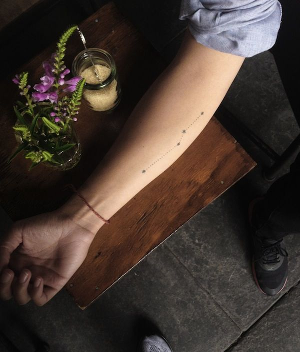 Chic Homemade Tattoos That Exude Effortless Style - DesignTAXI.com