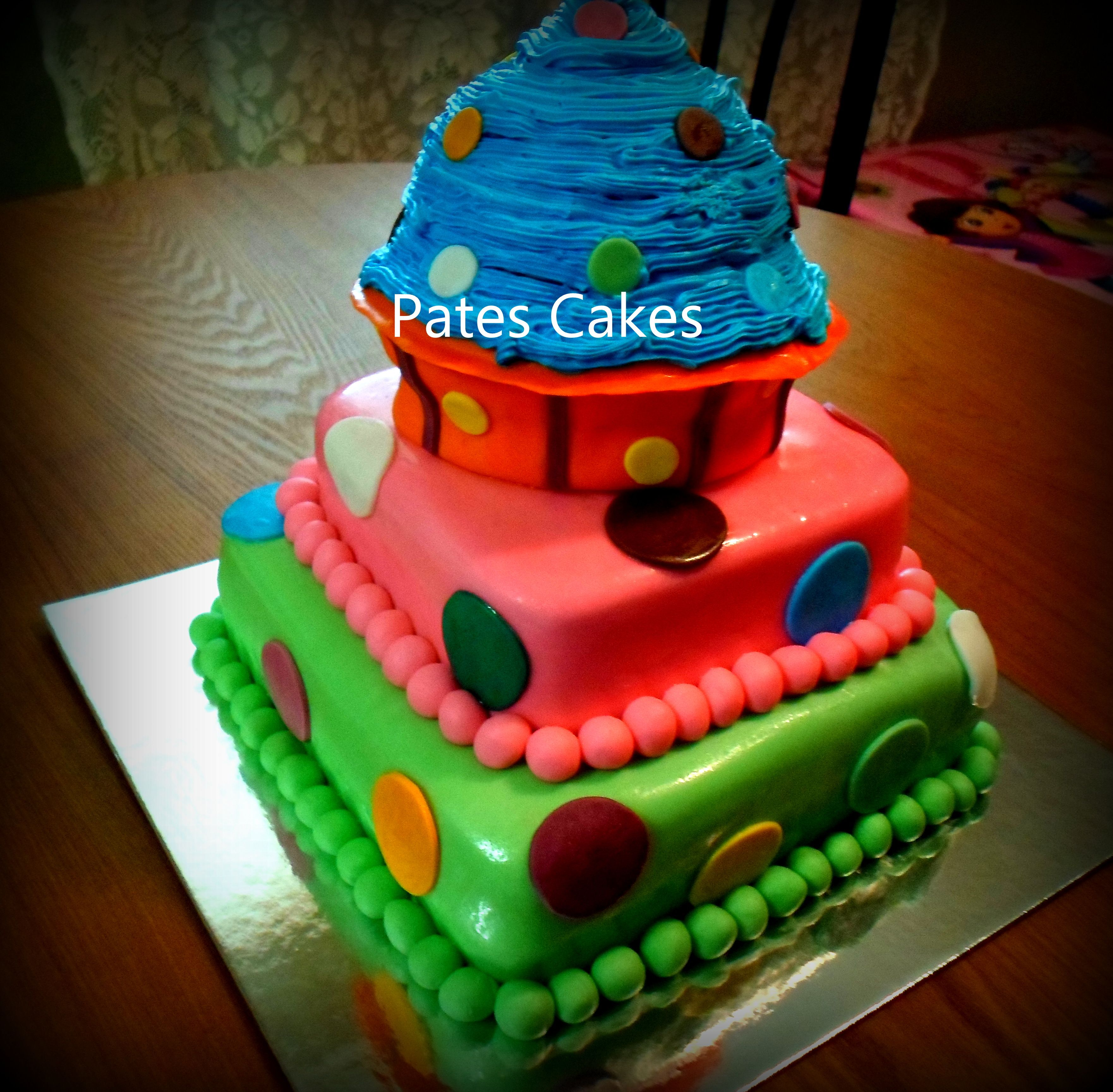 1st Birthday Cake With Giant Cupcake On Top Cupcake Cakes