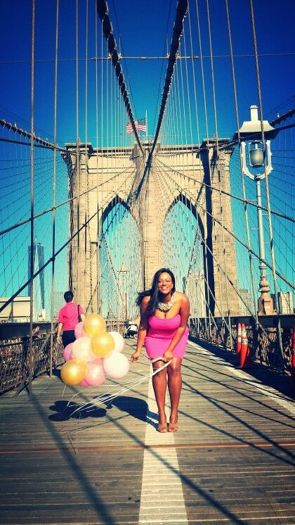 e9b326df971ef Birthday photoshoot with balloons, pink dress , Brooklyn bridge, NYC