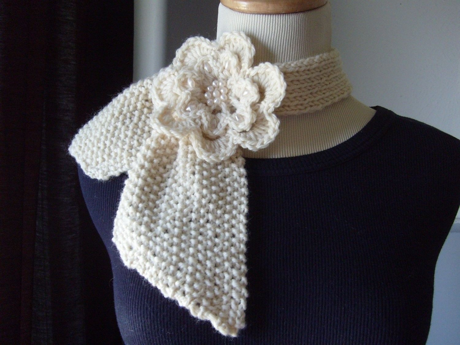 free vintage knit ascot scarf pattern - Google Search | Yarny things ...