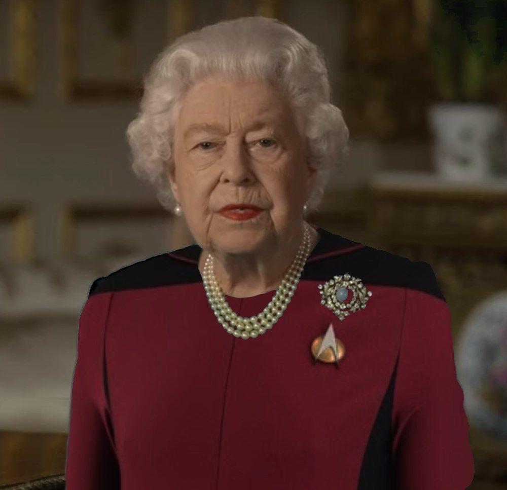 Queen Elizabeth Wears Green Dress Inspires Incredible Photoshop Thread Memebase Funny Memes Green Dress Wear Green Queen Meme [ 967 x 1000 Pixel ]