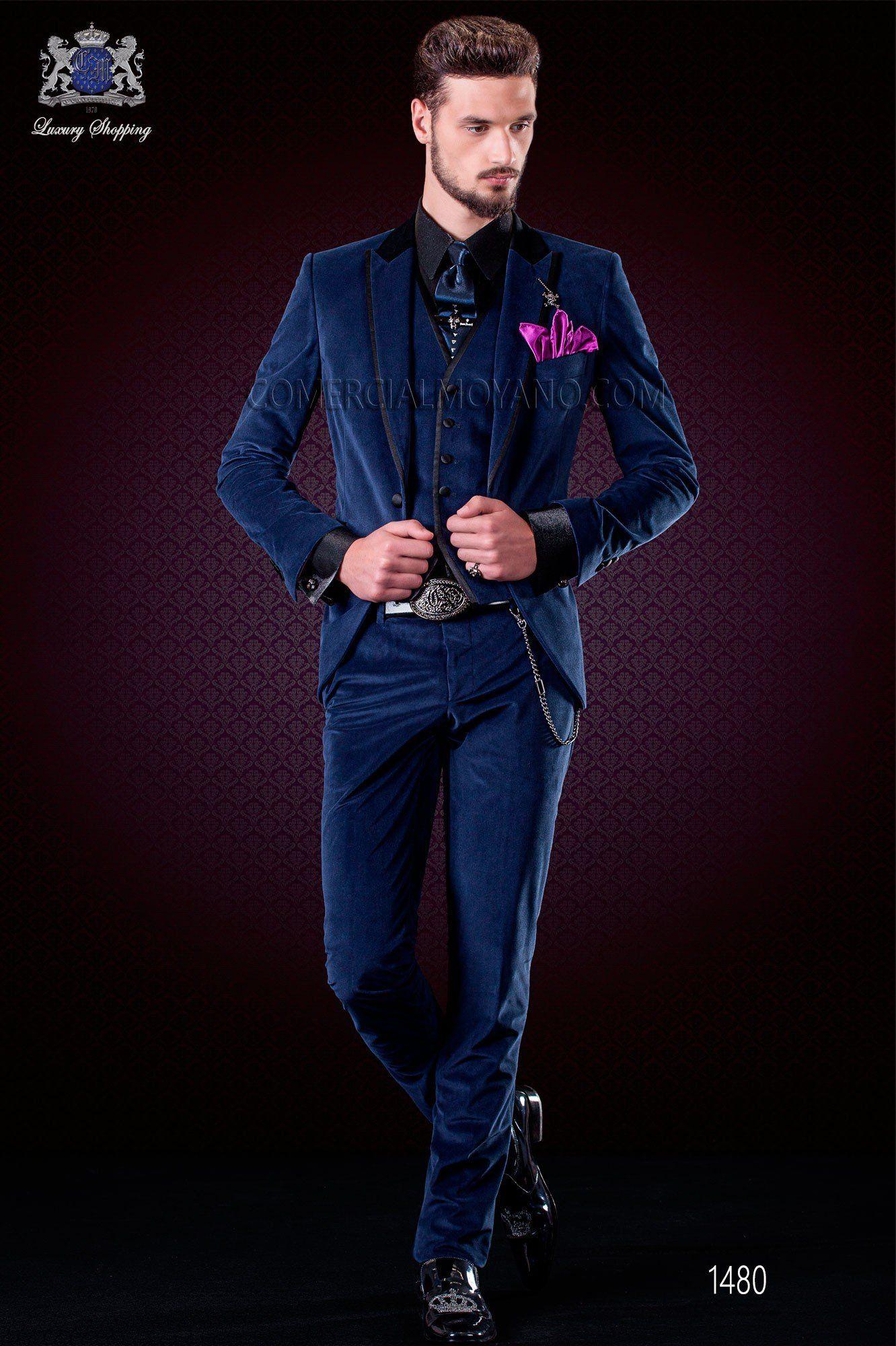 Italien costume de mariage bleu de velours. Collection Emotion 1480 Ottavio  Nuccio Gala 3d1f669322e